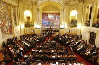 Senado de la República de Colombia. Imagen de: Globalrights.info, Todas Las Sombras, Congreso S.A.