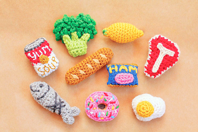 Grocery Fridge Magnets crochet pattern