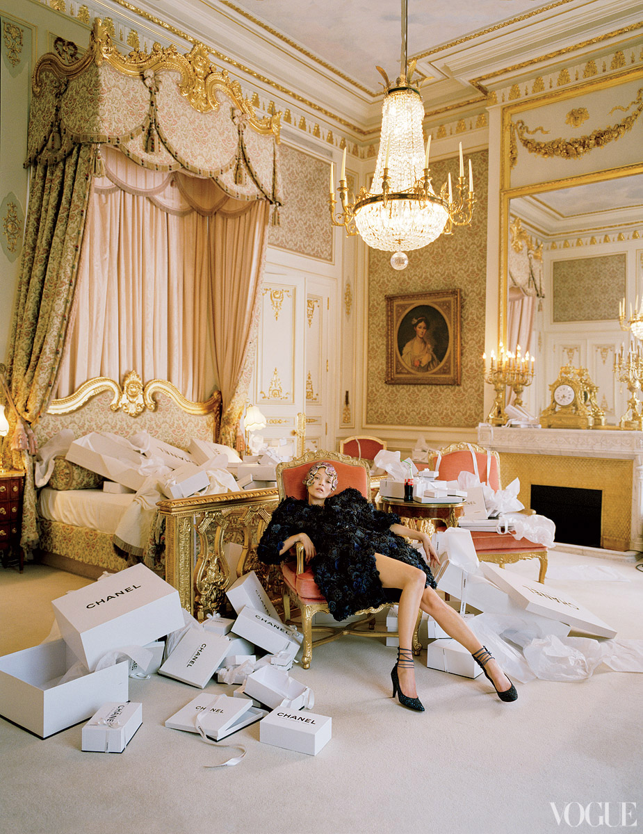 Alice in wonderland inspiration today checking out by tim walker for american vogue amazements as always when styled by madame grace coddington checking out of hotel ritz paris x alice arubaitofo Choice Image
