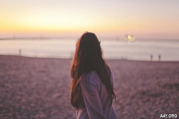 Chùm thơ ngắn viết về Biển hay, thơ Biển buồn với hoài niệm cũ