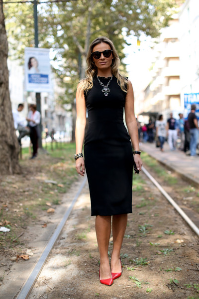 Black Dress: How to little black dress from formal to casual style!