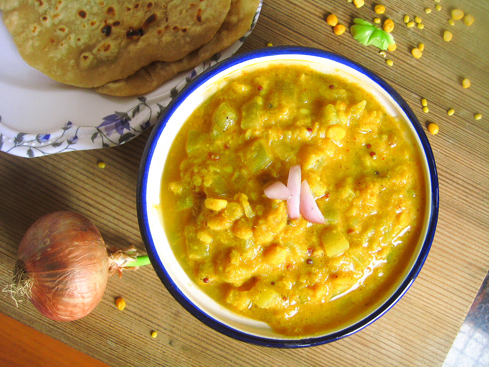Madhuris kitchen how to cook chayote vegetable kootu recipes chow chow is also known a chayote squash in english there are different names in different languages for this veggie in hindi forumfinder Gallery
