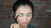 Sparkling Green New Year's Eve make up -Next is to apply this deep green color & deep brown in between the crease & innerlid area, it's for more dimension effect.