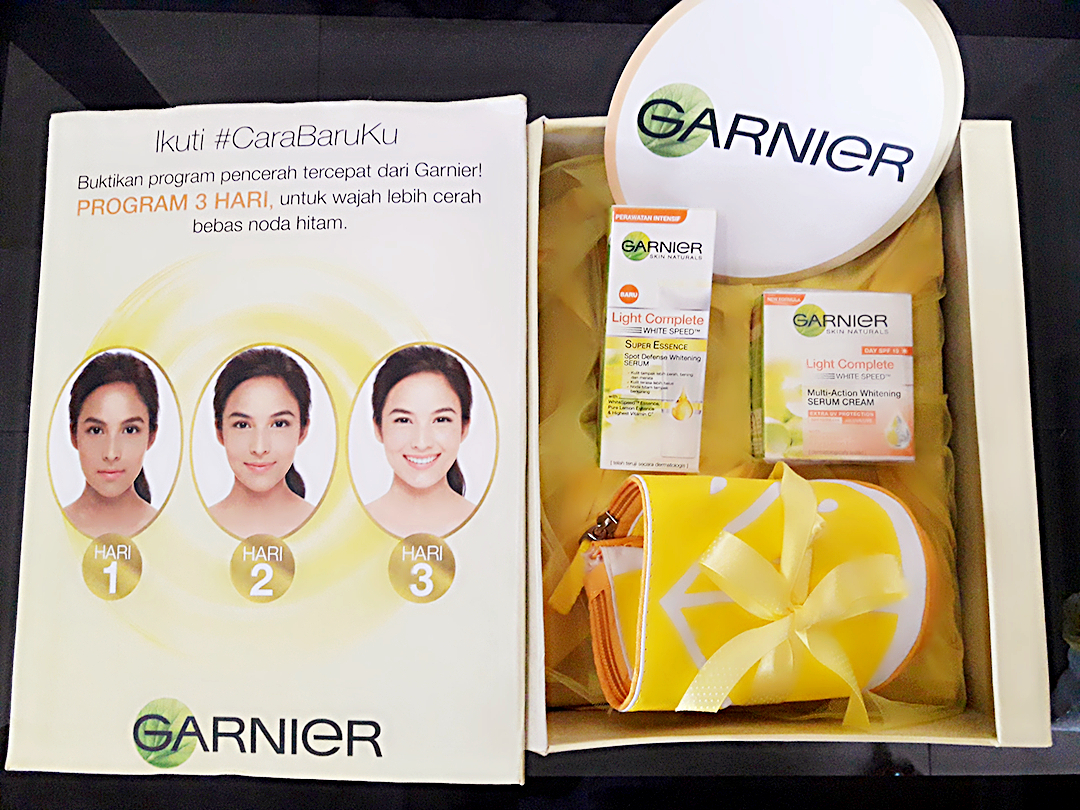 Review Garnier Light Complete Super Essence Serum Cream Paket White Speed