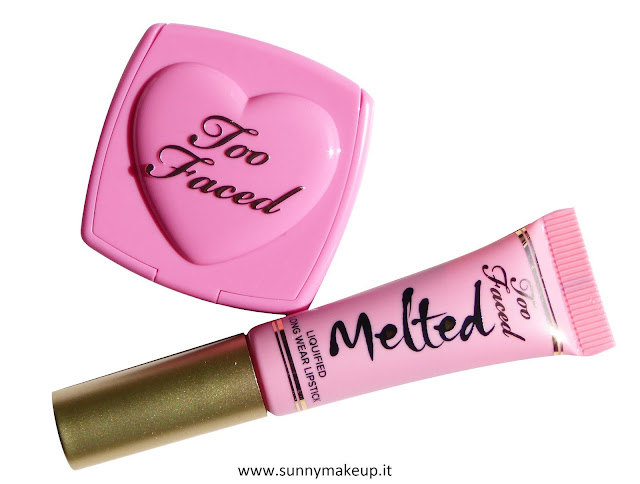 Too Faced - Happily Ever Lasting Lip & Cheek Duo. Kit Natale 2015 con Melted Peony e Love Flush Justify My Love.