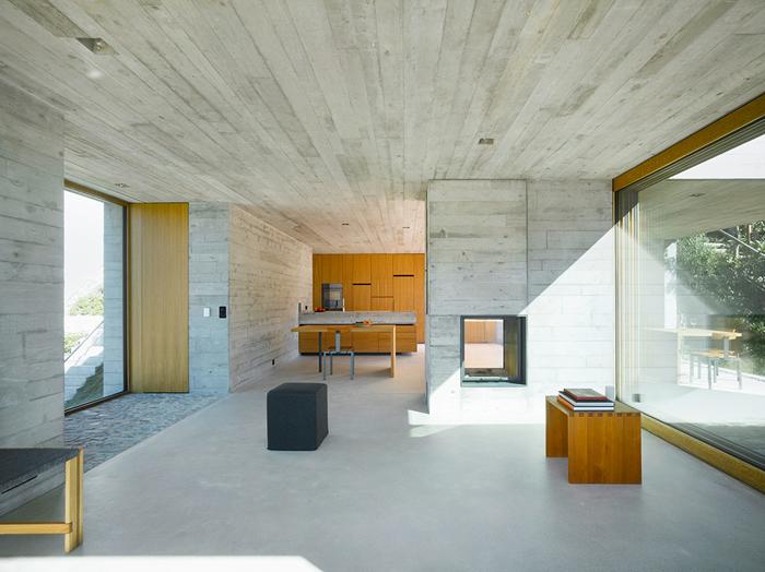 Casa moderna en hormigon minimalistas 2015 for Casa moderna hormigon