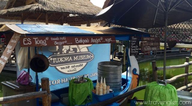 pasar apung malang jawa timur www.travengler.com