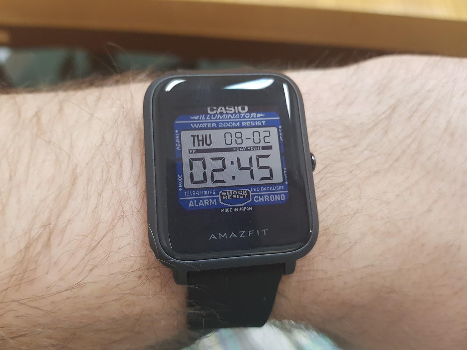Gwarantuję że zdecydowana większość os³b kt³re spojrzą na smartwatch na waszym nadgarstku pomyśli że to hipsterski Casio a nie sprzęt monitorujący puls