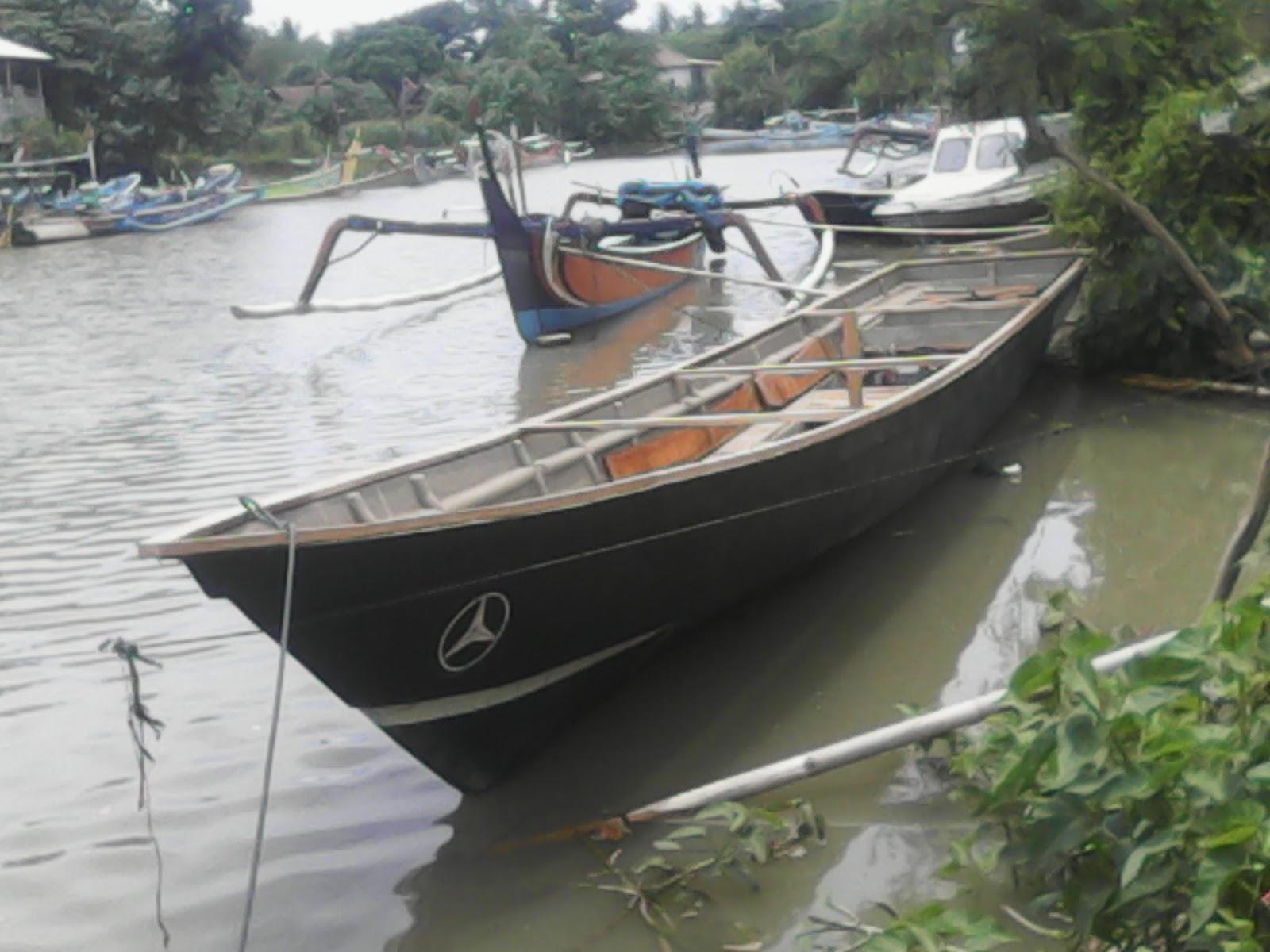 Perahu siap di turunkan