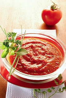 Salsa de tomates y albahaca