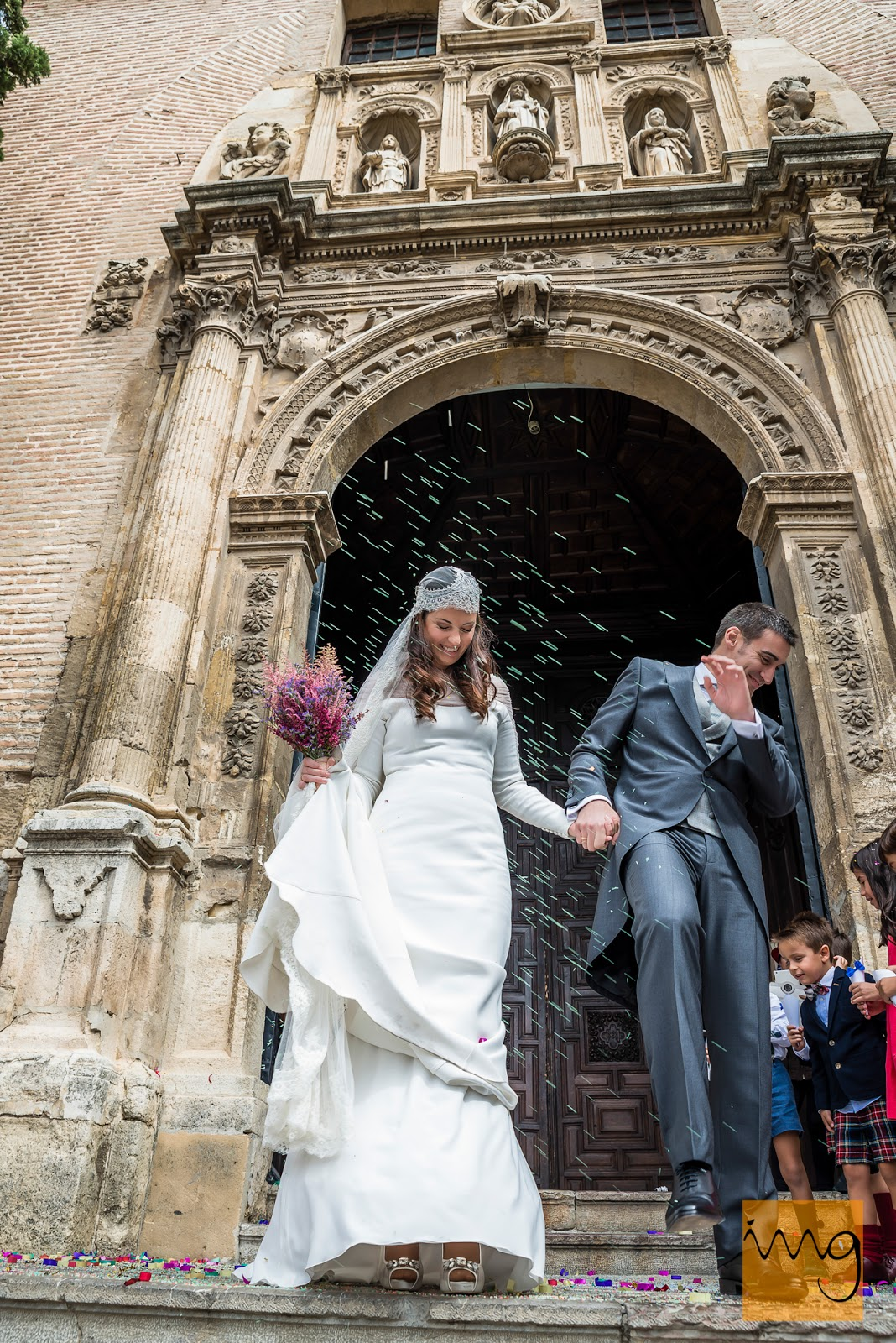 Fotografía de boda en Granada, Arroz para la salida
