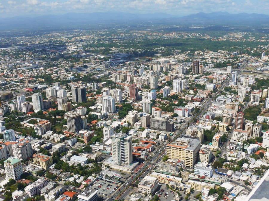 Fuerte temblor estremece la capital dominicana