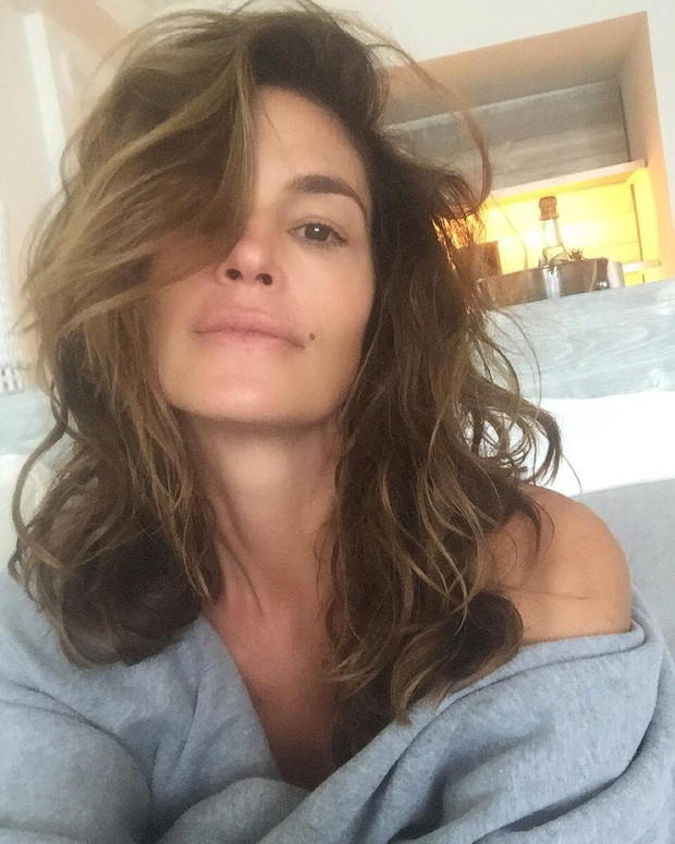 Cindy Crawford she published on Instagram a picture of a moment post spa and surprised fans and beautiful without makeup.