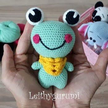 Лягушка амигуруми игрушка крючком