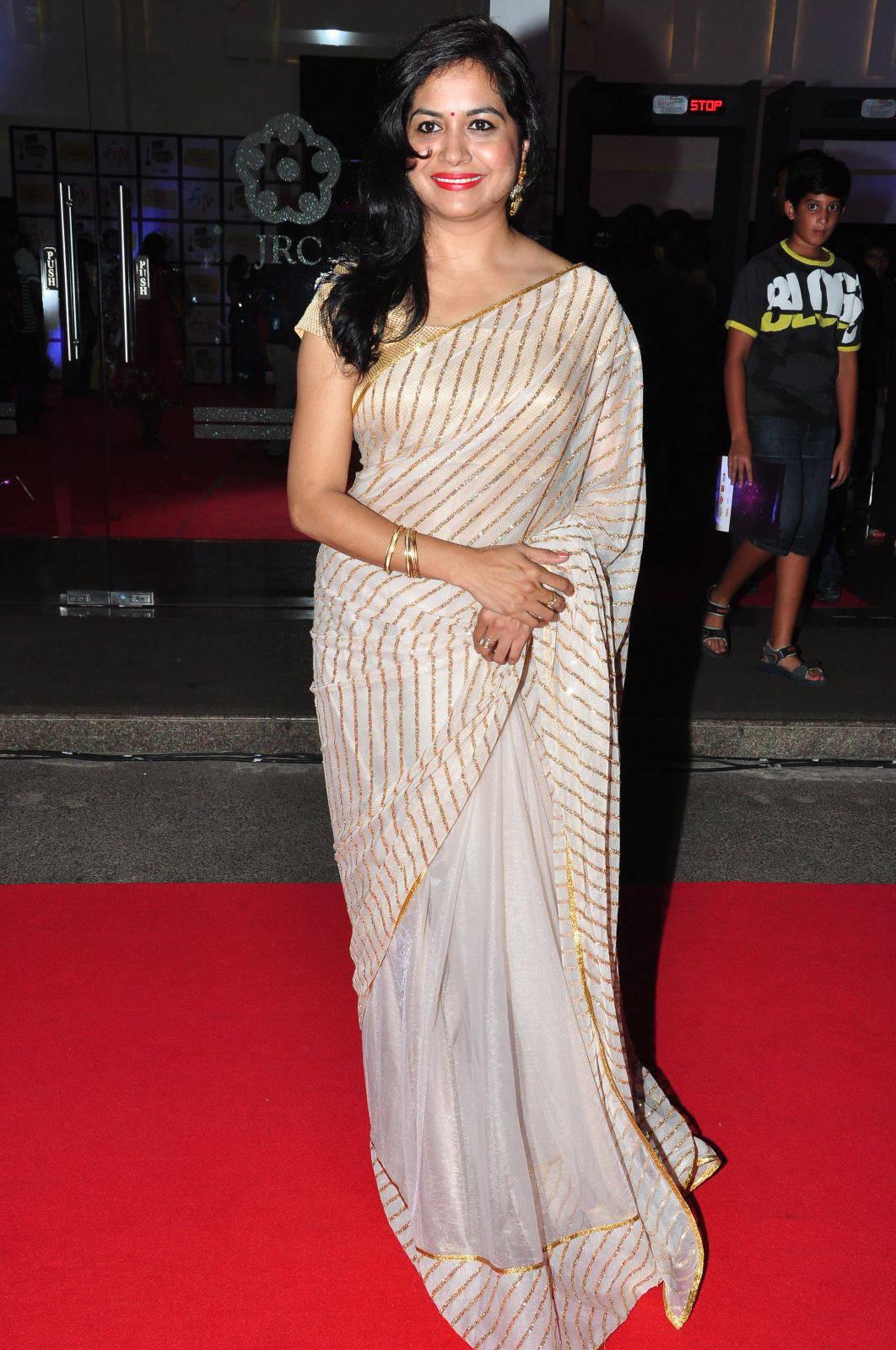 Singer Sunitha Latest Photos In White Saree