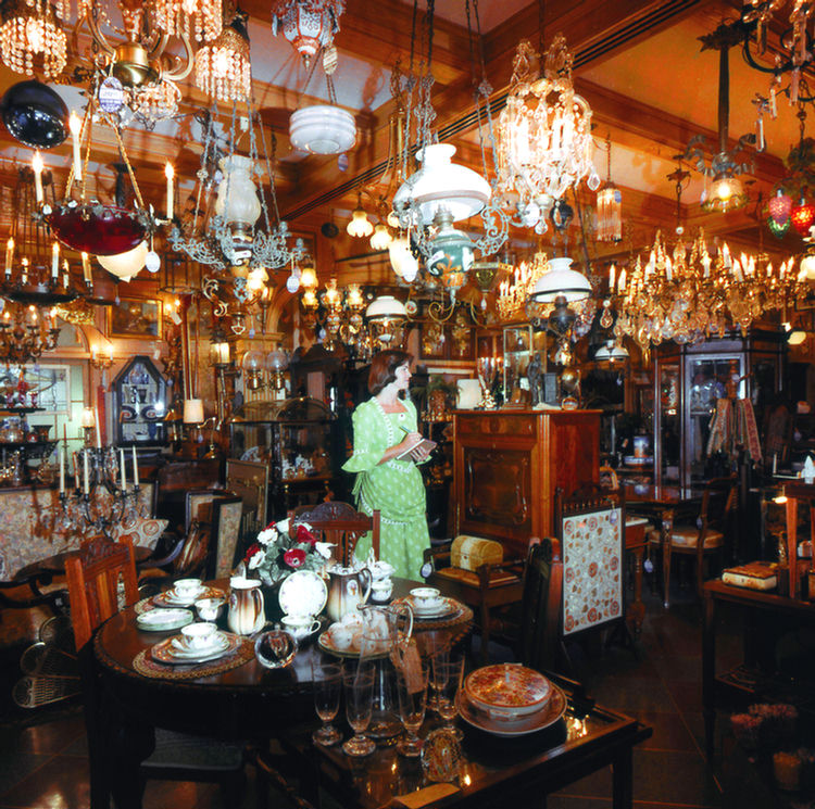 New Orleans Home Decor Stores: Disney Avenue: The Old Antique Shops Of Disneyland And The