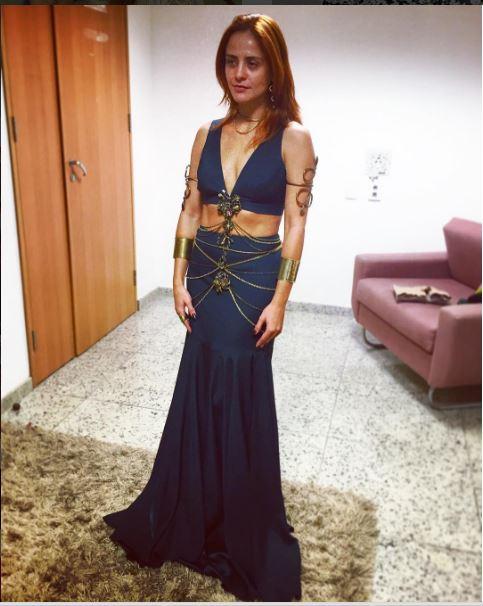 Kalesi (Juliana Silveira), A terra prometida, figurino, vestido da rainha