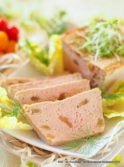 pasztet drobiowy, pasztecik, kurczak, do chleba, na wielkanoc, najsmaczniejszy pasztet domowy, najlepszy przepis