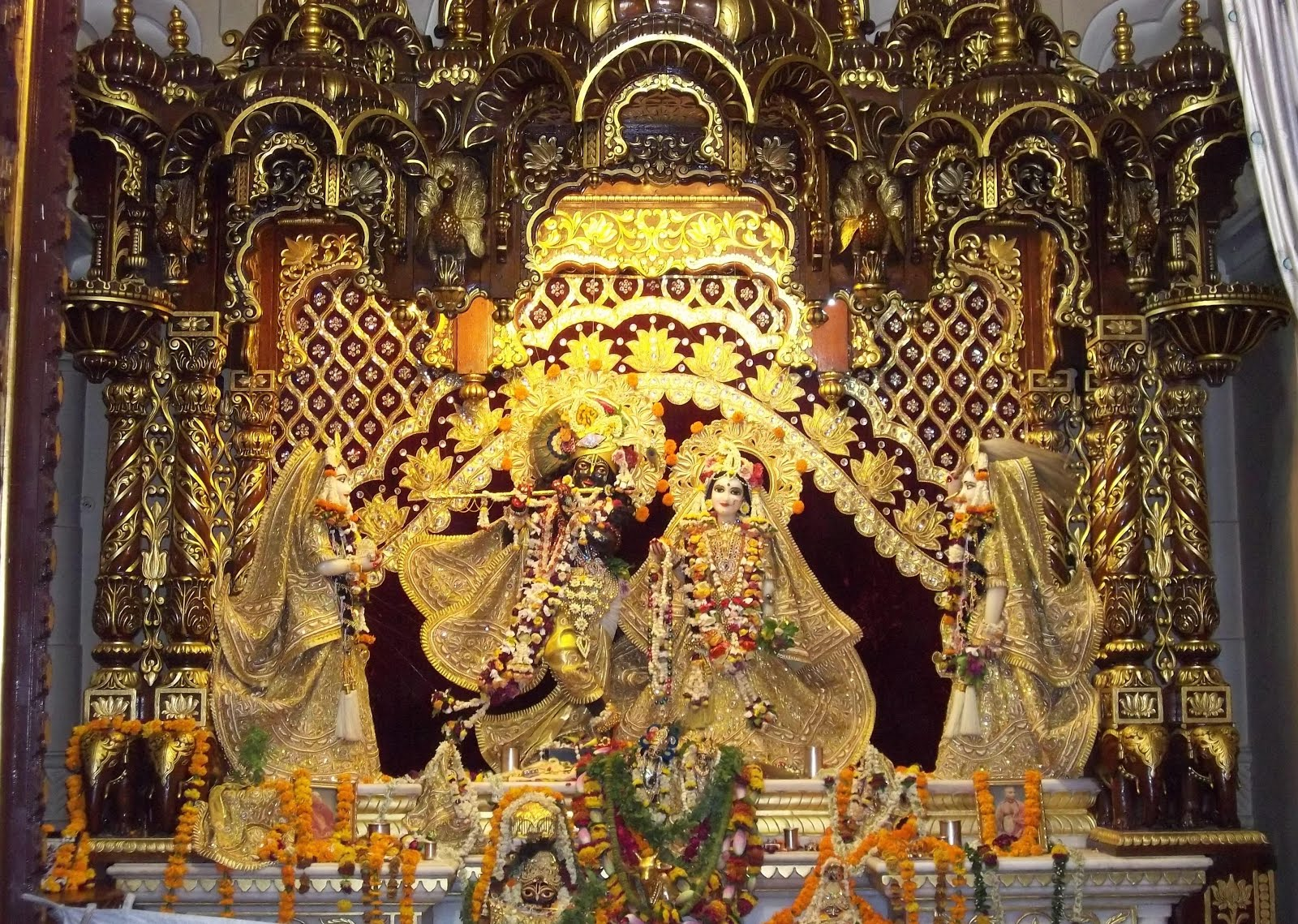 Saibaba Latest Hd Wallpapers Bhagwan Ji Help Me Hd Wallpaper Shree Krishna Janmashtami
