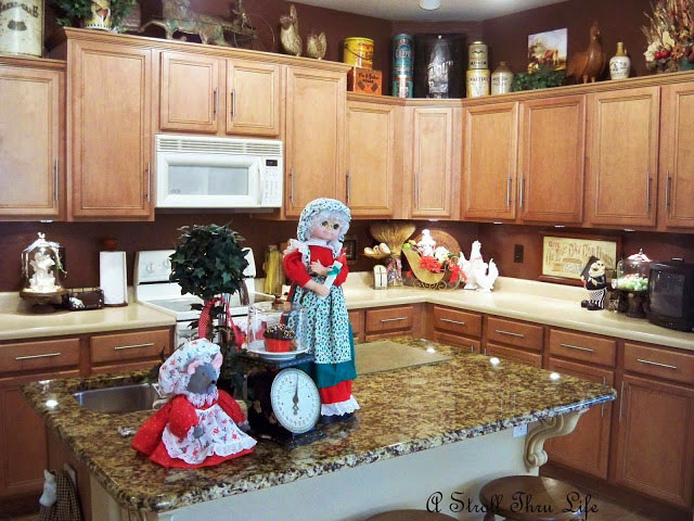 A Stroll Thru Life: Christmas In The Kitchen