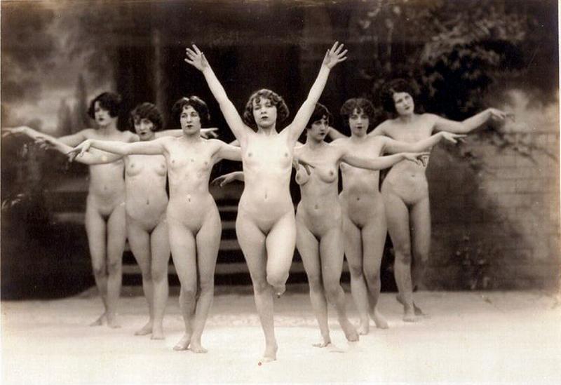 nude women of the 1920 s jpg 422x640