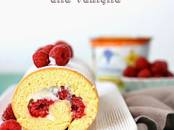 Rotolo con lamponi e mousse di yogurt alla vaniglia