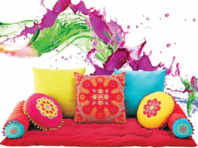 Home Smiley Decorate Home With Colors On Holi Festival