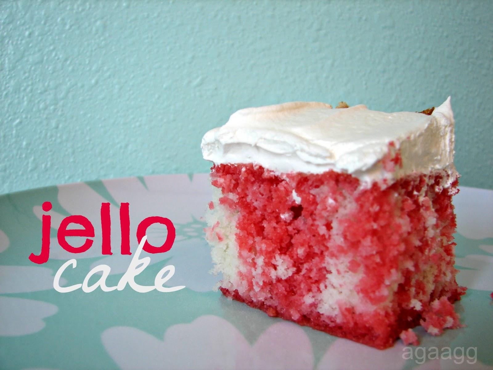 Strawberry Banana Jello Poke Cake