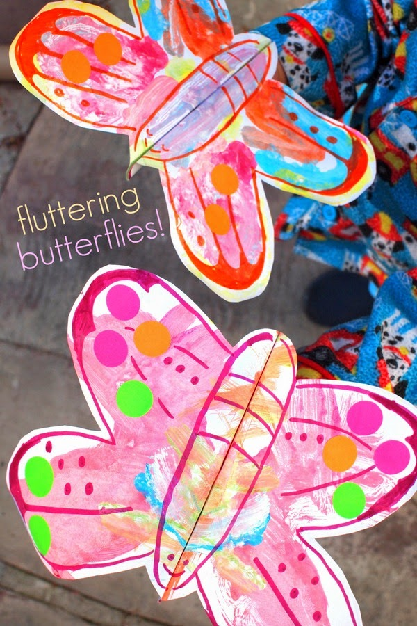 kids craft- make butterflies that actually flutter!
