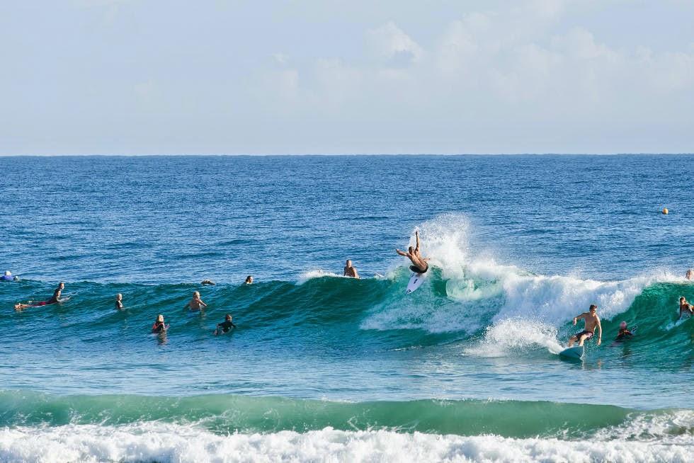 8 Quiksilver Pro Gold Coast 2015 Dusty Payne Foto WSL Kelly Cestari