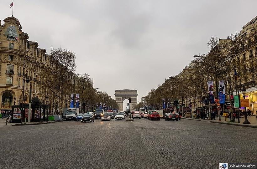 Champs Élysees - O que fazer em Paris: principais pontos turísticos