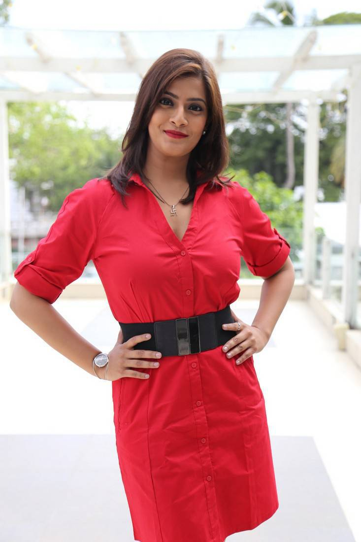 Varalaxmi Sarathkumar At Romeo Juliet Stage Show Press Meet Gallery