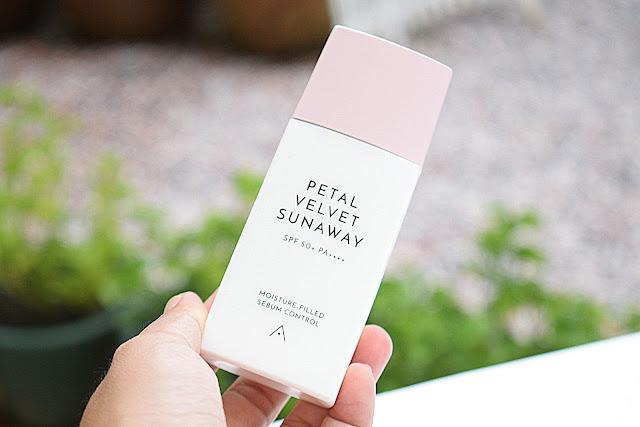 Review : Althea Petal Velvet Sunaway SPF50+ Dan Petal Velvet Powder