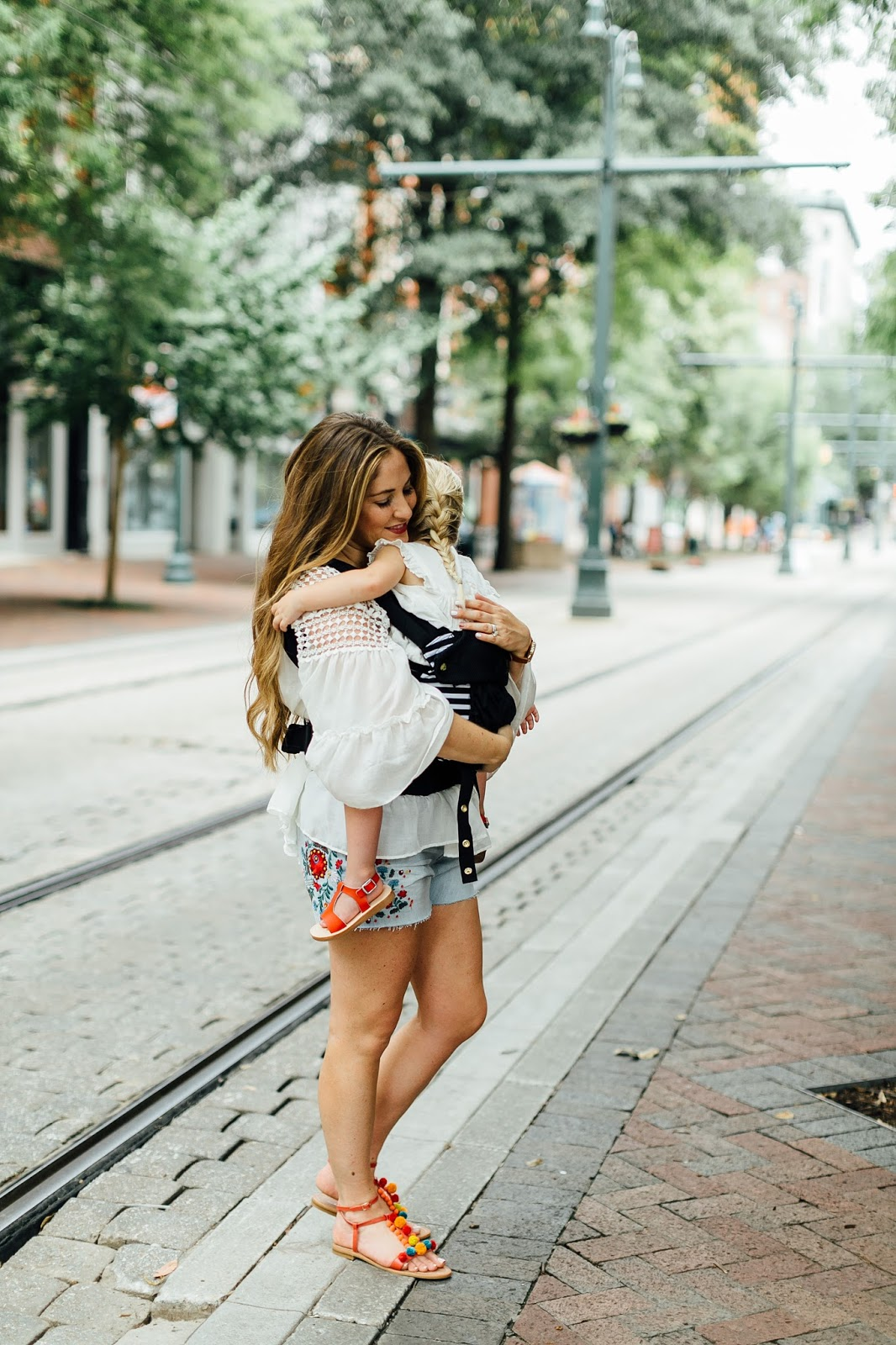 My 5 Favorite Kid Friendly Places in Downtown Memphis by popular blogger Laura of Walking in Memphis in High Heels