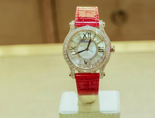 Chiêm ngưỡng 2 chiếc đồng hồ 1,5 tỷ mới nhất của Chopard