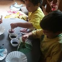 toddler color mixing chemistry learning