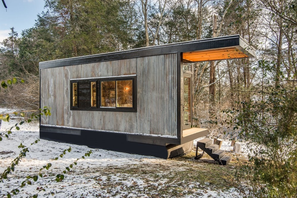 08-External-Side-View-Cornelia-Funke-New-Frontier-Tiny-Homes-Architecture-www-designstack-co