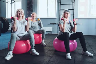 Регулярные упражнения снижают риск хронических заболеваний у пожилых людей