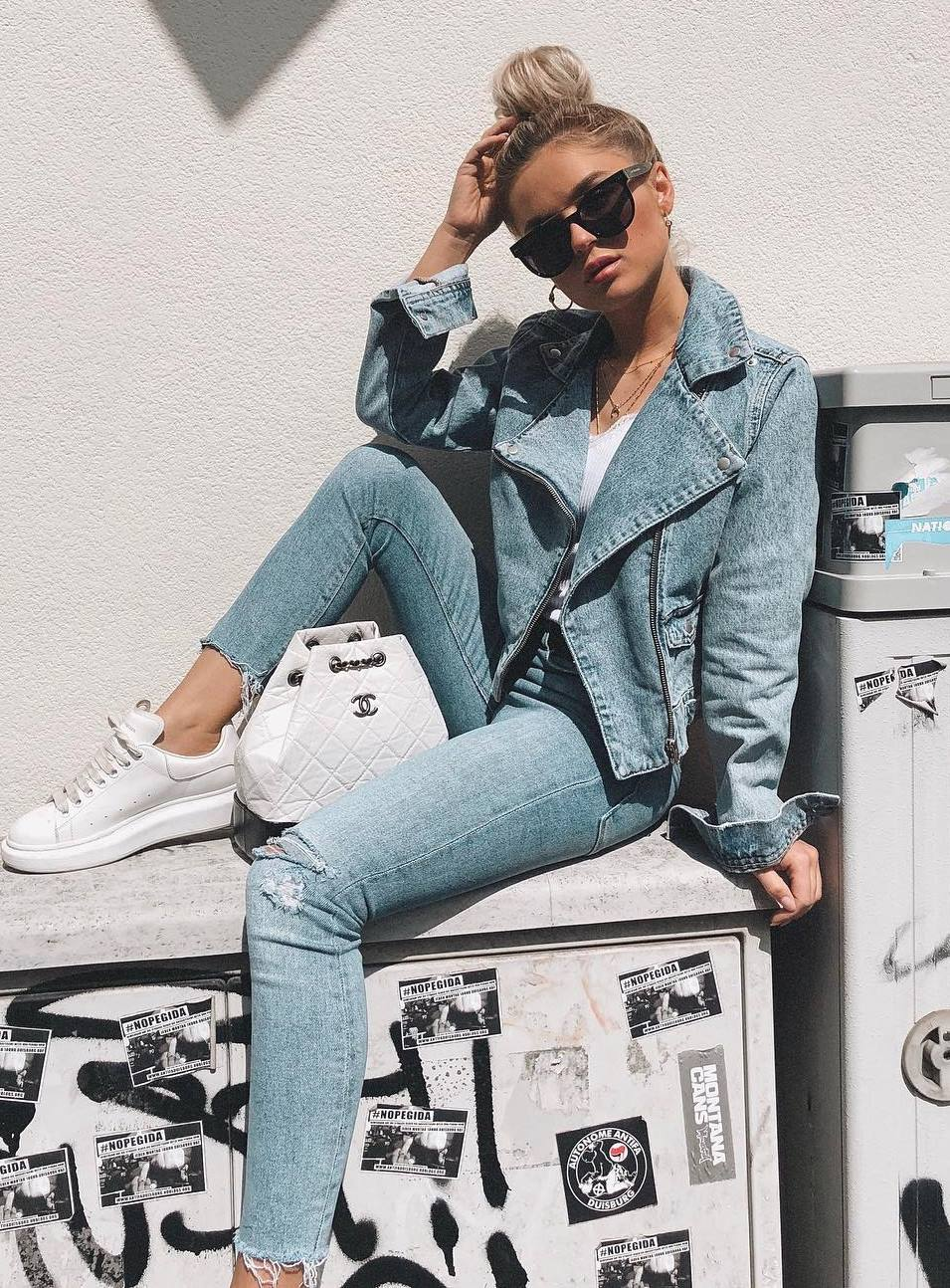 trendy white and denim outfit / jacket + top + jeans + bag + sneakers