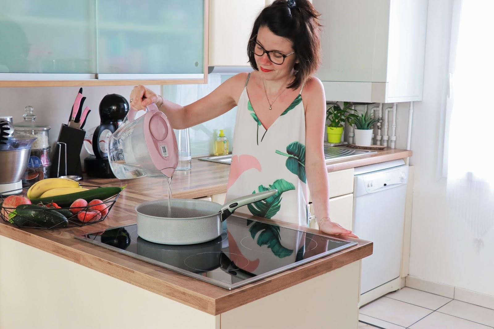 cuisine brita maison décoration déco intérieure carafe filtrante les gommettes de melo propriétaire shein marella