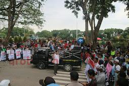 Sebut Grobogan Termiskin di Jateng, Warga Grobogan Tuntut Rocky Gerung Minta Maaf