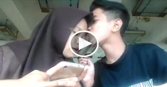 [VIDEO] Budak Bawah Umur Cium GF Dikenakan Tindakan Disiplin di Perhimpunan Pagi Tadi. Lihat Foto Didalam