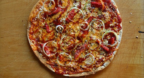 Tortilla Shell Veg Pizza with Pasta Sauce and Peppers