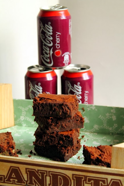 Brownie de chocolate y cocacola cherry