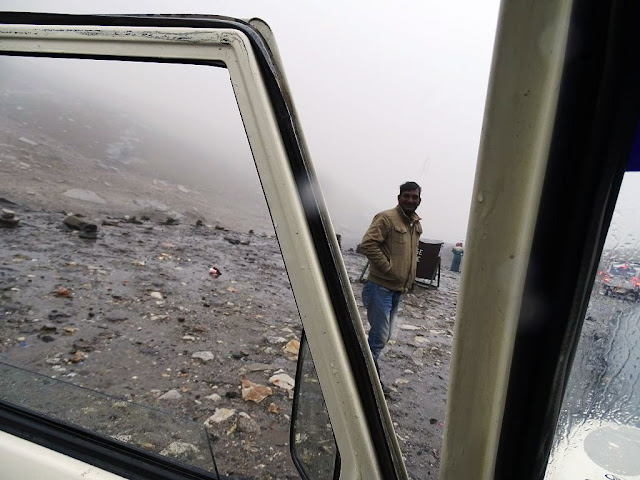 Raining at Rohtang