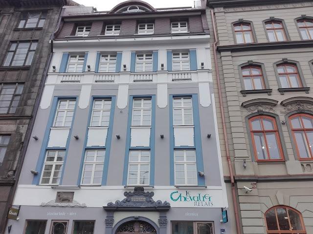 Casa número 20 de la calle Kalku en Riga (@mibaulviajero)