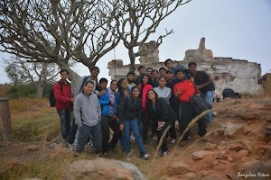 Group photo - Makalidurga hill top