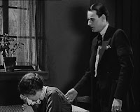 "Кадр из фильма Чарли Чаплина ""Парижанка"" (1923) - 6"