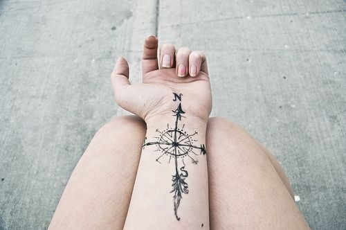 Cute Neck Tattoo Design For Women Cool Cross Tattoos With ...