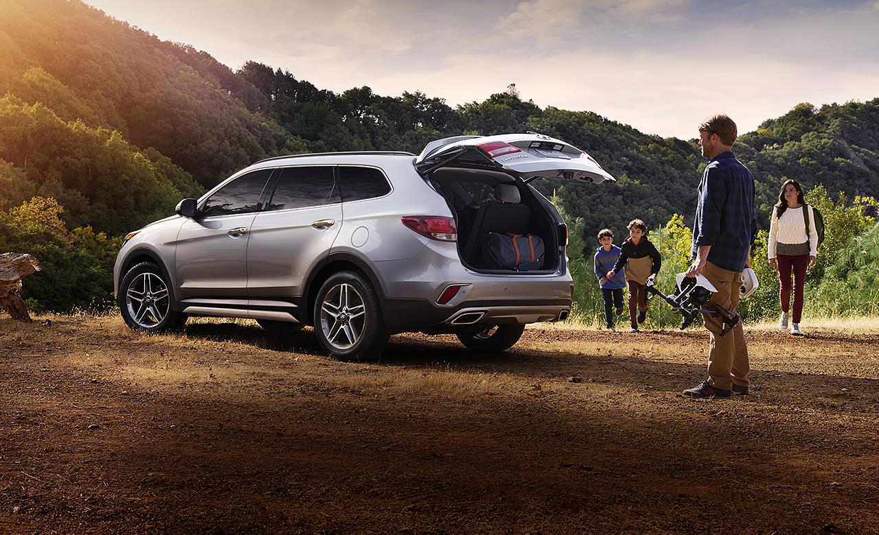 Hyundai SantaFe 2017 mới sang trọng,thể thao, cá tính, mạnh mẽ & trông nhanh nhẹn hơn